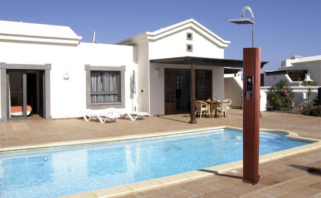 doccia-solare-bali-per-piscine